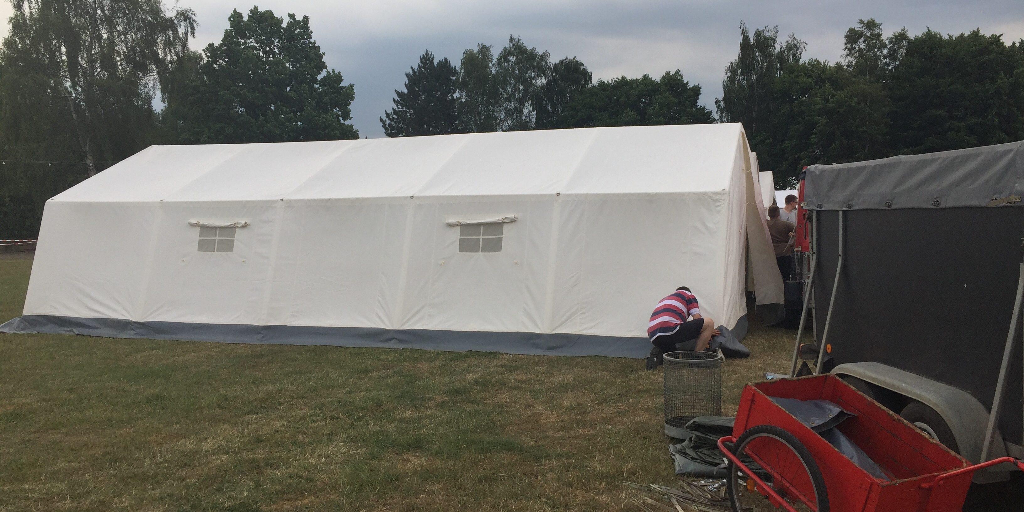Die Jugendfeuerwehr schläft eine Woche lang im Zelt